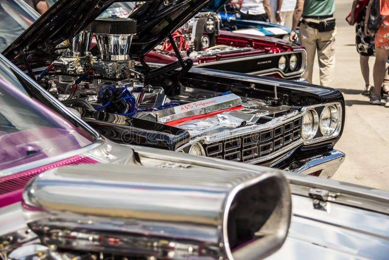 Voitures de muscle au Car Show photo stock
