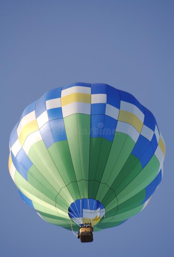 Vol chaud de ballon à air de configuration de fleur image libre de droits