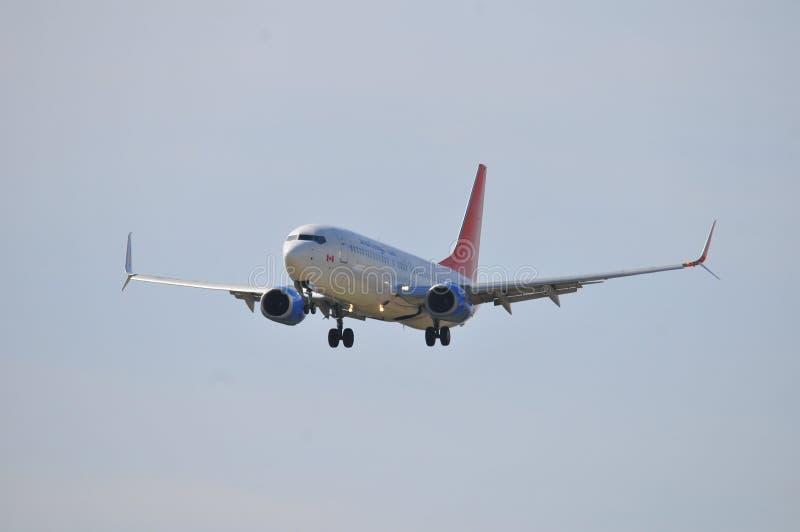 Vol d'avion de Sunwing image stock