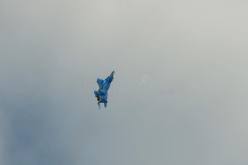 Vol de chasseurs pour l'affichage photos libres de droits