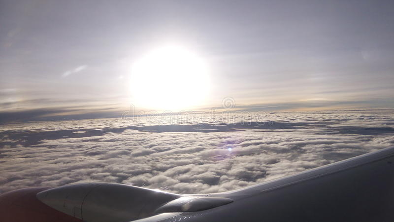 Vol de lever de soleil photographie stock