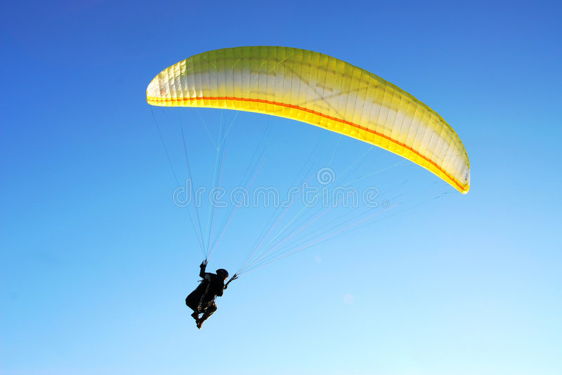 Vol de parachute photo libre de droits
