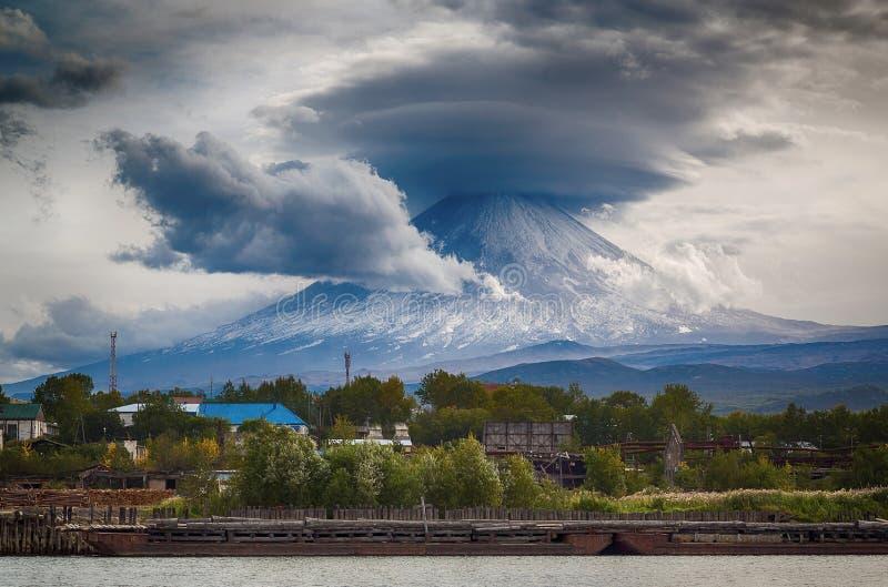 Volcán de Klyuchevskoy, Kamchatka fotografía de archivo libre de regalías