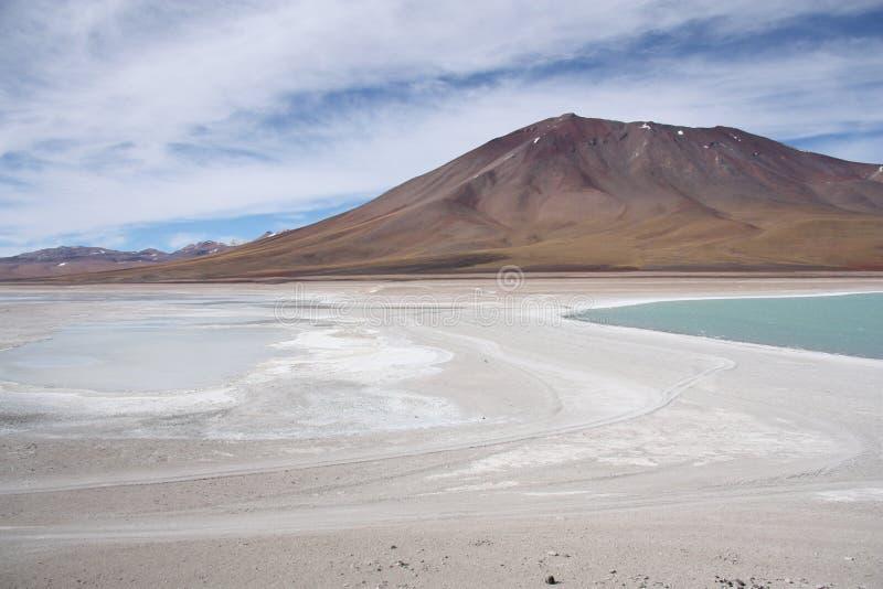 Volcán de Licancabur en el desierto de Atacama, Bolivia foto de archivo