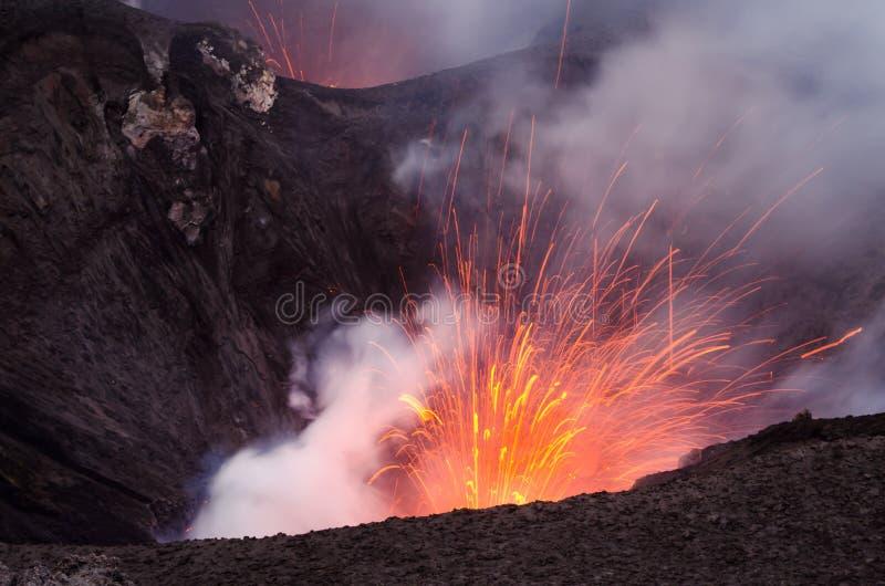 Volcán de Vanuatu imagen de archivo libre de regalías