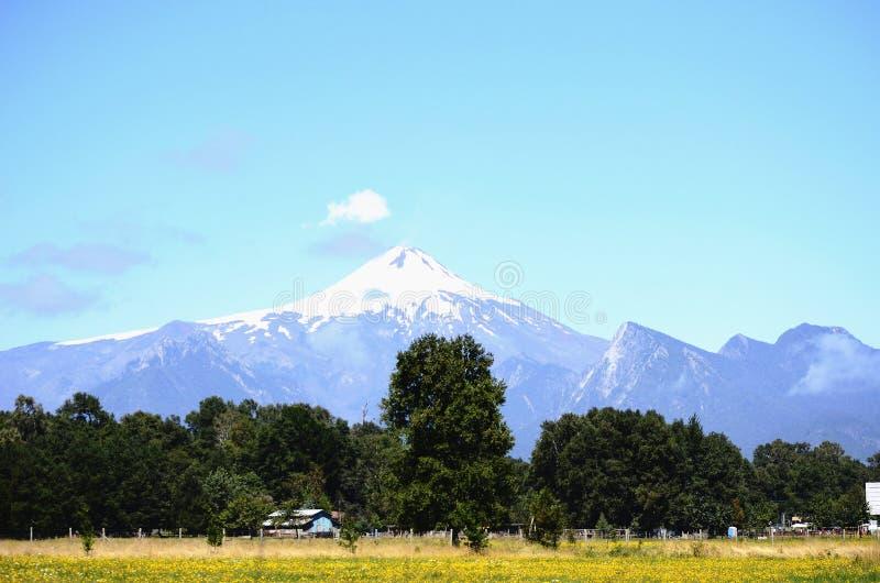 Volcán de Villarica imagenes de archivo