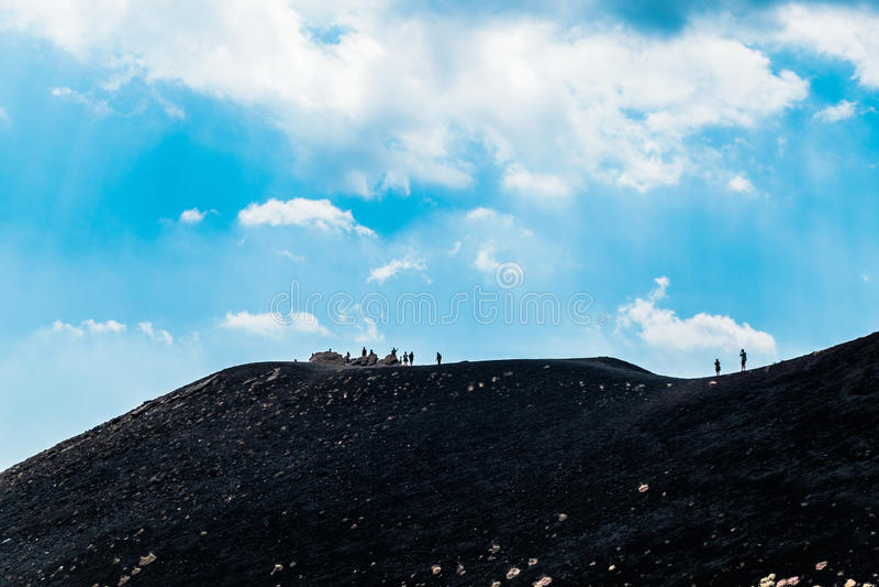 Volcán del Etna del montaje en la acción imagenes de archivo
