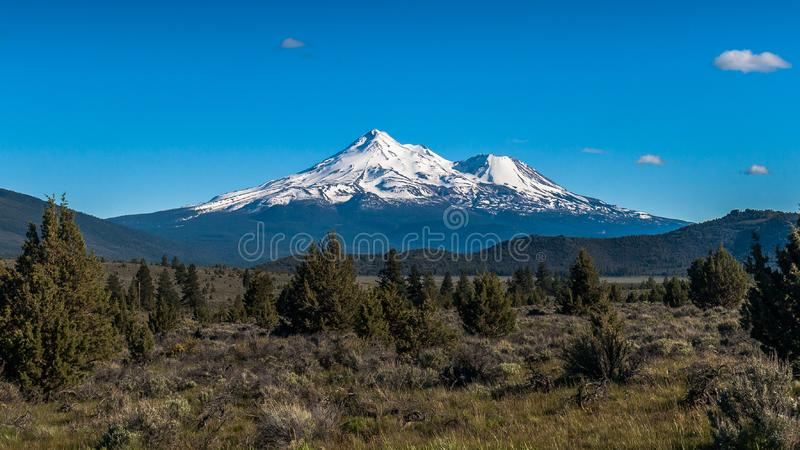 Volcán del Mt Shasta foto de archivo libre de regalías