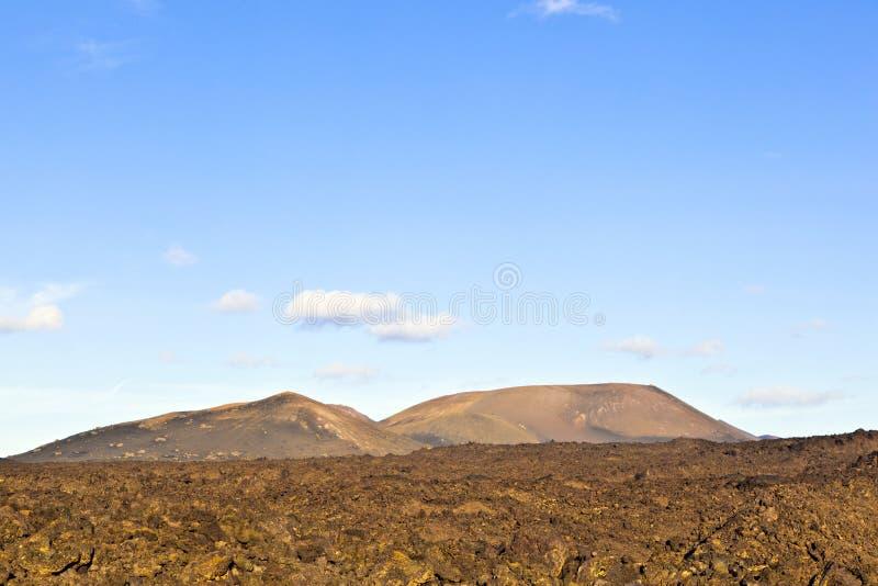 Volcán en parque nacional del timanfaya en Lanzarote, España fotografía de archivo libre de regalías
