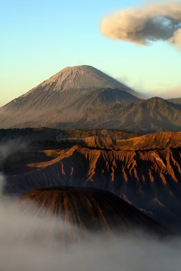Volcán Indonesia de Semeru fotografía de archivo