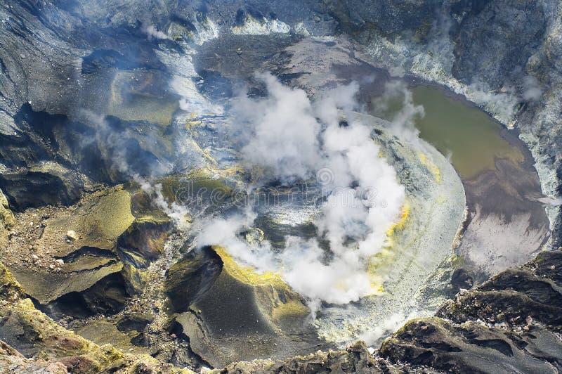 Volcán Kerinci. Lago crater. fotografía de archivo