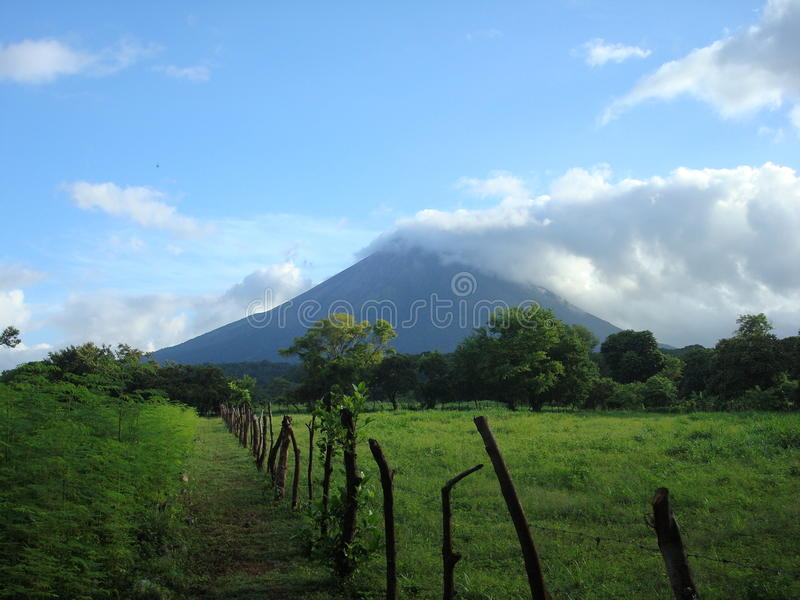 Volcan au Nicaragua images stock
