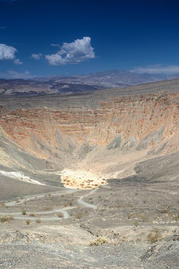 Volcan d'Ubehebe en parc national de Death Valley La caisse d'Ubehebe photo libre de droits