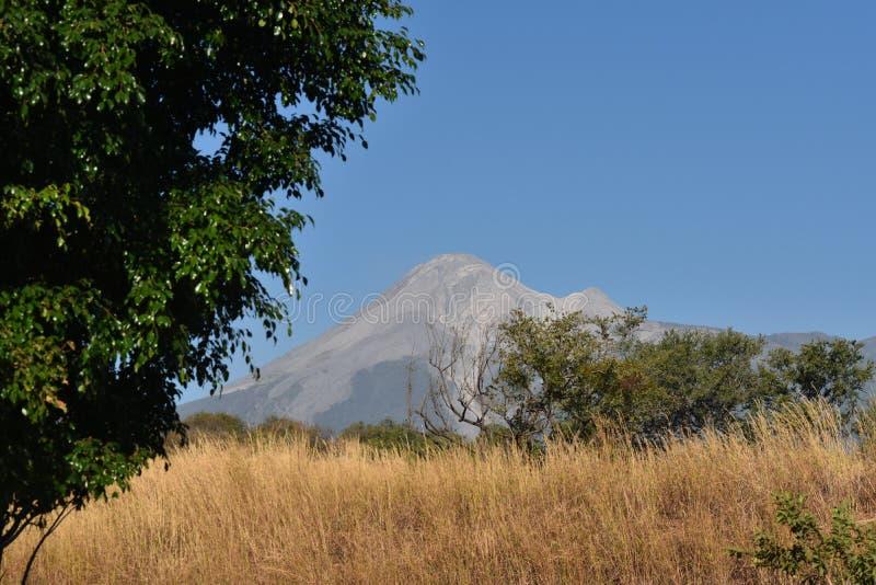 Volcan de Colima - ηφαίστειο Colima στοκ εικόνα με δικαίωμα ελεύθερης χρήσης