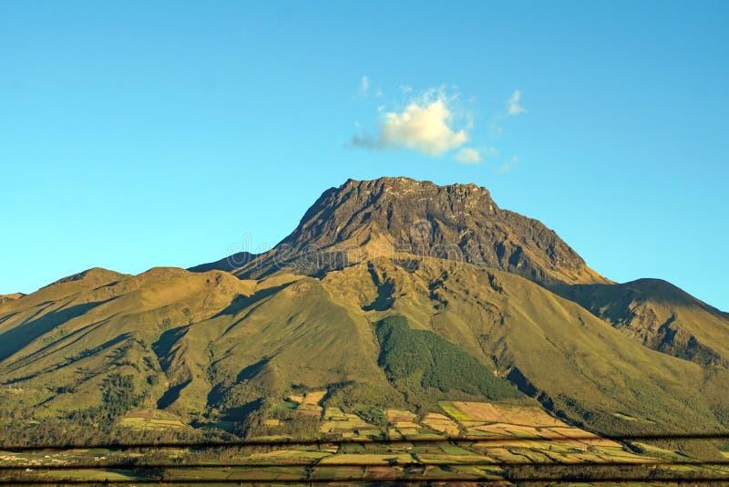 Volcan en Equateur image libre de droits