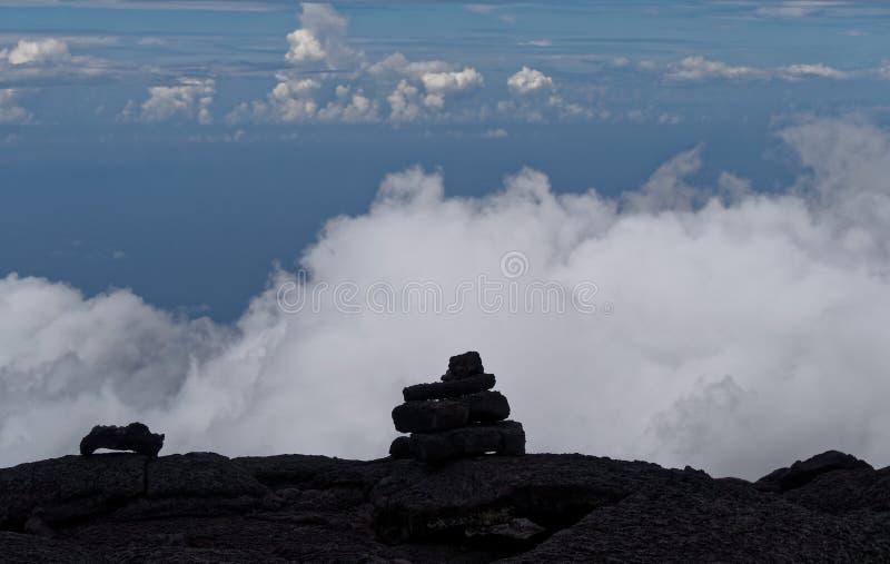 Volcan himmel för ringbultfournaiseréunion royaltyfri fotografi