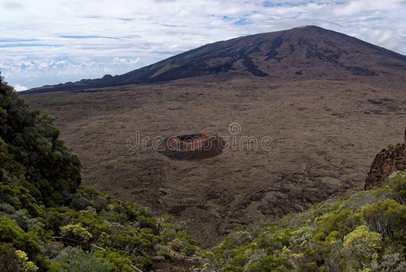 Volcan himmel för ringbultfournaiseréunion arkivfoto