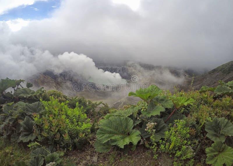 Volcan Irazu ou vulcão de Irazu em Cartago, Costa Rica imagens de stock