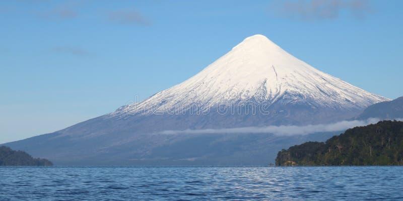 Volcan Osorno, o Chile fotografia de stock