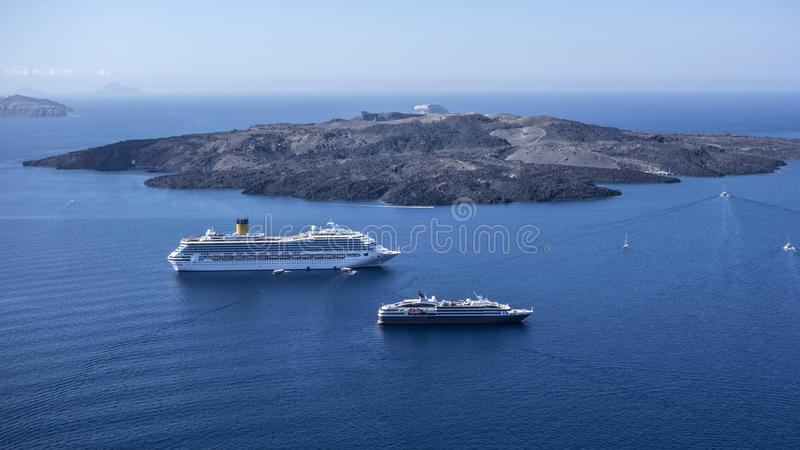 Download Volcanic Island And  Cruise Ships Editorial Photo - Image: 34547011