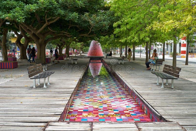 Volcano Fountain en el parque de las naciones lisboa portugal foto de archivo libre de regalías