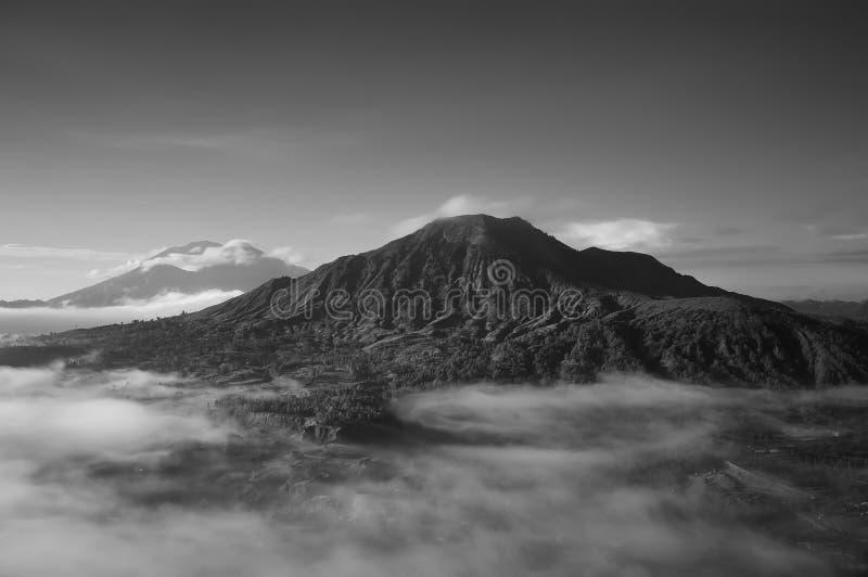 Volcano Mount Batur est située dans Bali images stock