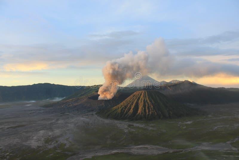 Volcano Mount Bromo Eruption, het Oosten Java Indonesia royalty-vrije stock fotografie