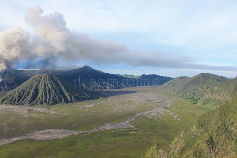 Volcano Mount Bromo Eruption Java Indonesia fotografering för bildbyråer