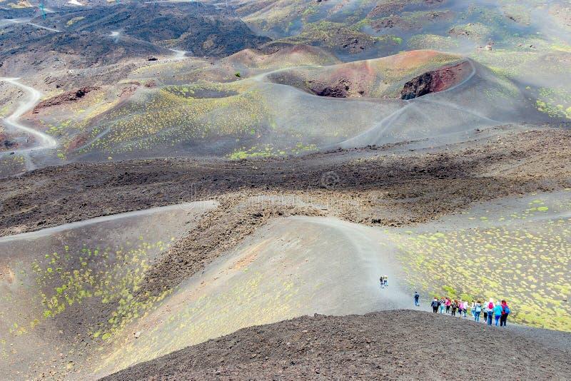 Volcano Mount Etna y ser humano para la impresión imagenes de archivo
