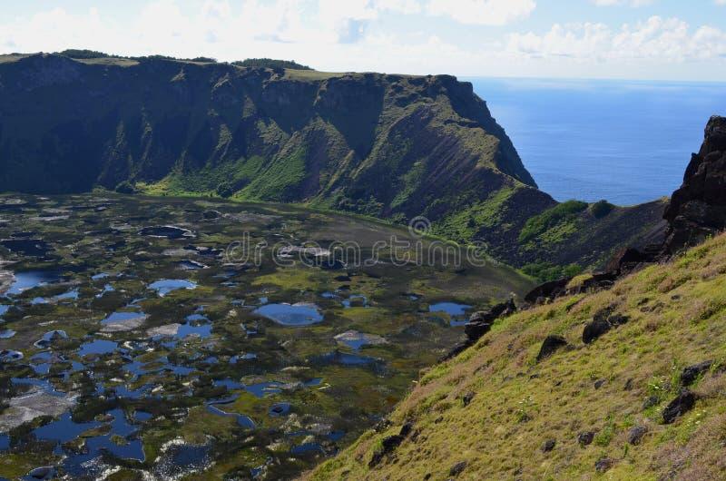 Volcano Rano Kau/Rano Kao, den största vulkankrater i den Rapa Nui påskön royaltyfri bild