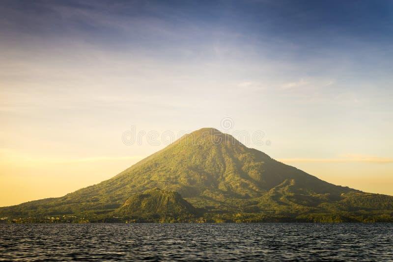 Volcano Toliman On Lake Atitlan stock foto's