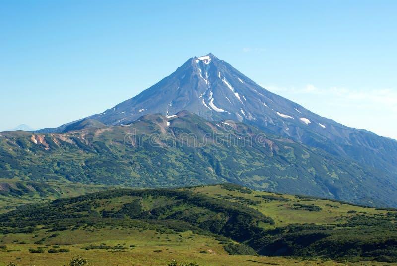 Volcano Viluchinsky nella penisola di Kamchatka immagini stock libere da diritti