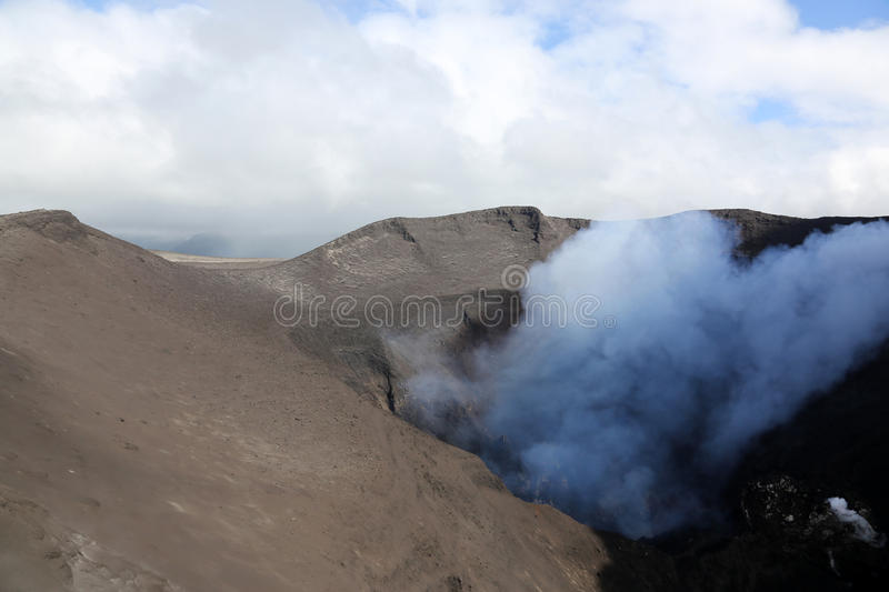 Volcano Yasur Eruption imagem de stock royalty free