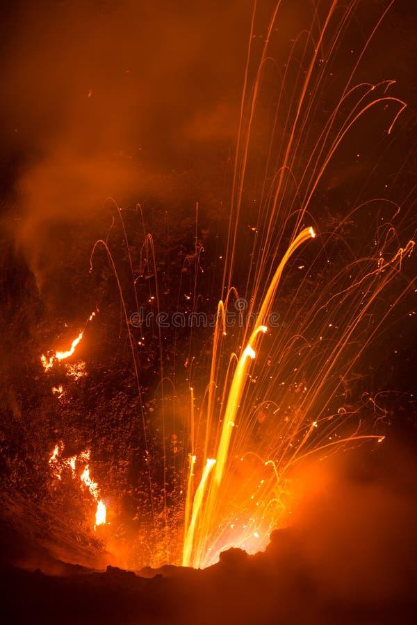 Volcano Yasur Eruption lizenzfreie stockbilder