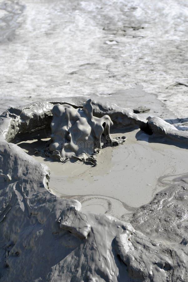 Volcans de boue photos stock