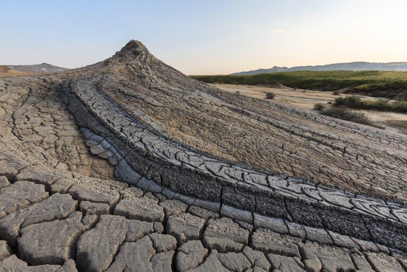 Volcans de boue dans Buzau, Roumanie image stock