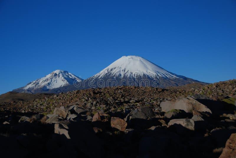 Volcans en stationnement national de Lauca - Chili image libre de droits