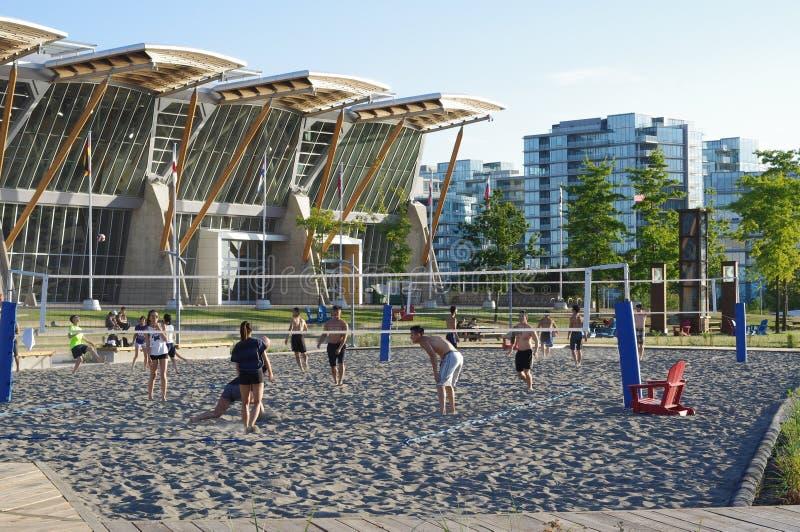 Voleibol de playa en Richmond Olympic Oval, Canadá imagenes de archivo