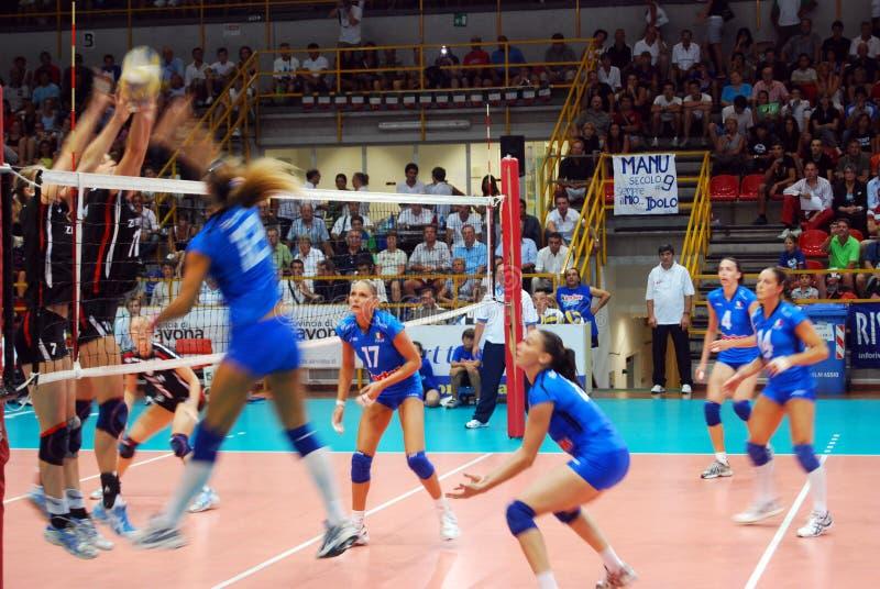 Voleibol: Test match de Preolympic imagem de stock royalty free