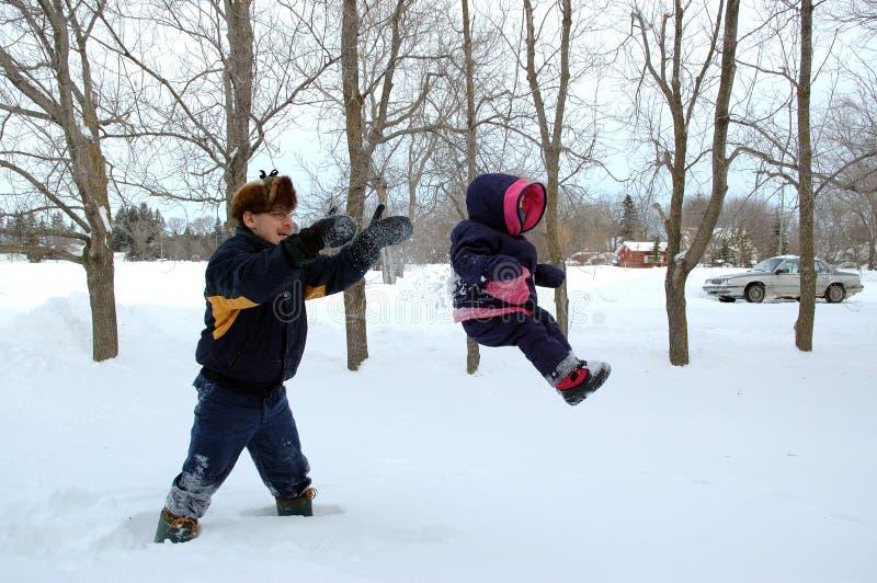 Voler par la neige images stock