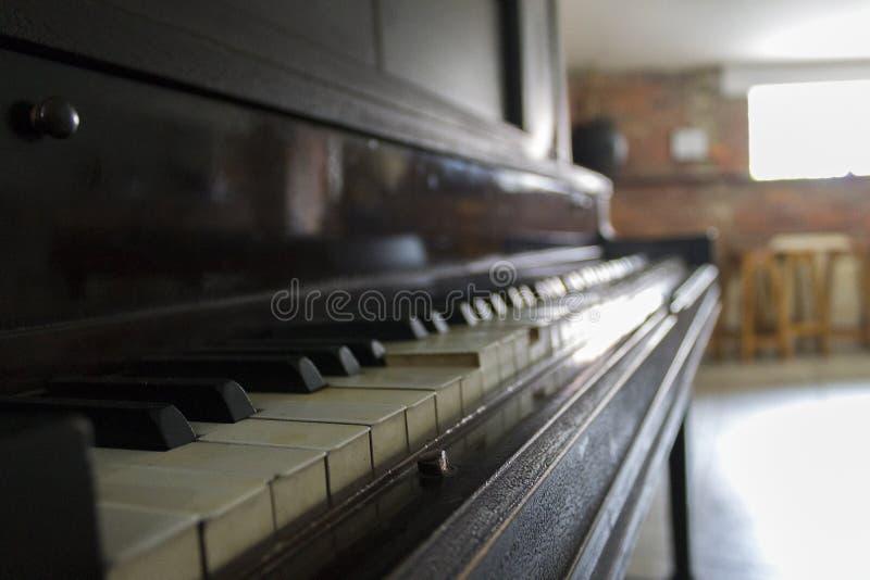 volete giocare una canzone? fotografia stock libera da diritti
