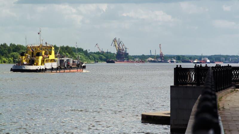 Volga rzeka w Jaroslavl Rosja zdjęcie stock