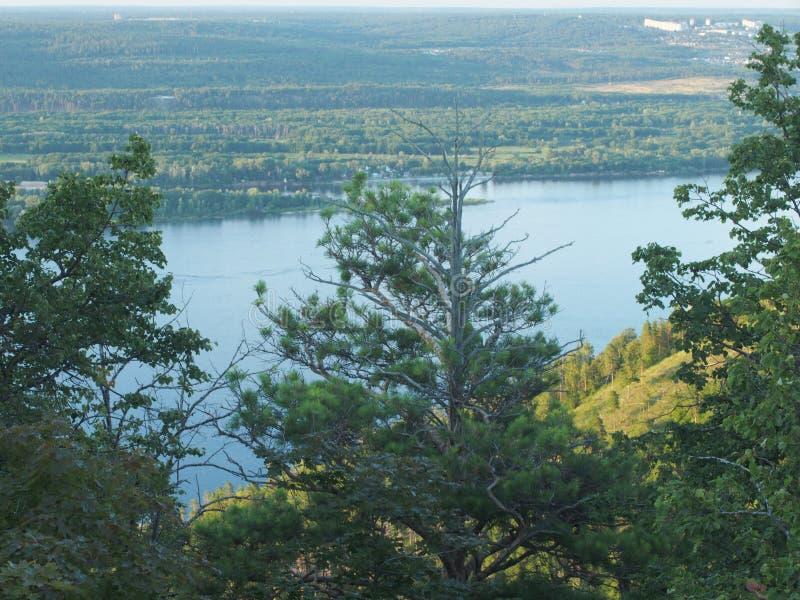 Volga uitgestrektheden De mening over Volga Samarskaya Luka royalty-vrije stock fotografie