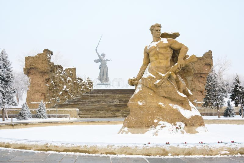 volgograd La Russie - 3 février 2019 Le complexe commémoratif sur Mamayev Kurgan à Volgograd, sculpteur Yevgeny Vuchetich place images stock