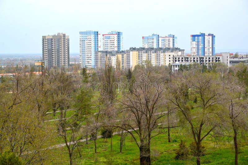 Volgograd, Rússia O residentia habitado novo fotografia de stock royalty free