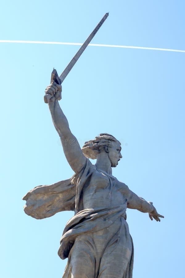 Volgograd Rosja, Jun, - 01, 2019: statua kraj ojczysty Mamayev Kurgan obraz stock
