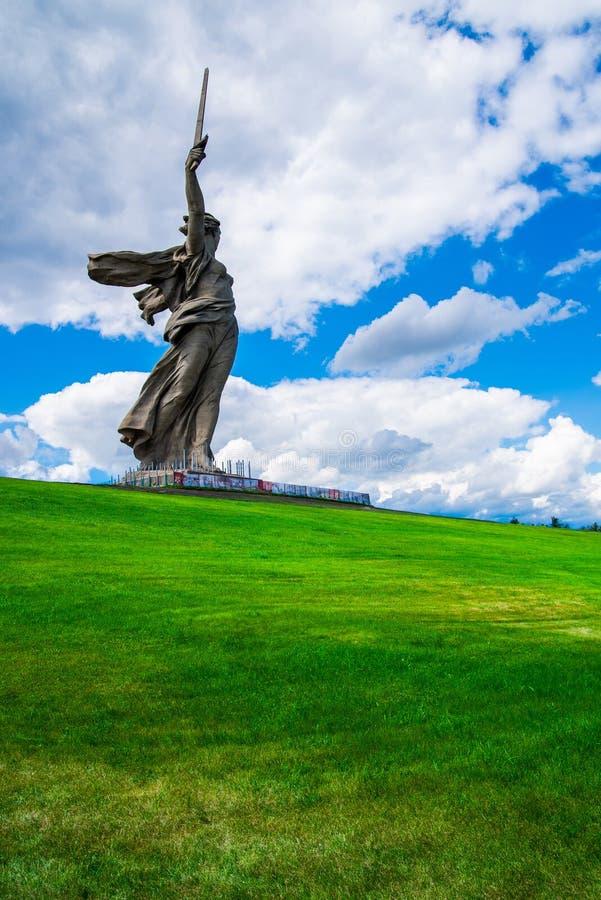 VOLGOGRAD, RUSSIA - 26 MAGGIO 2019: Monumento di chiamate della patria a Volgograd, Russia fotografia stock