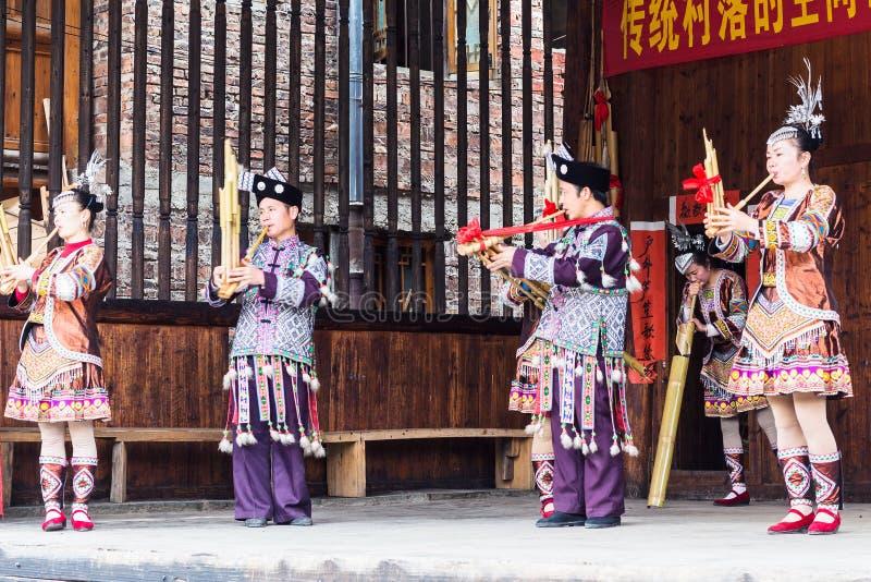Volksmusiker im Kultur-Zeigung in Chengyang-Dorf stockfoto