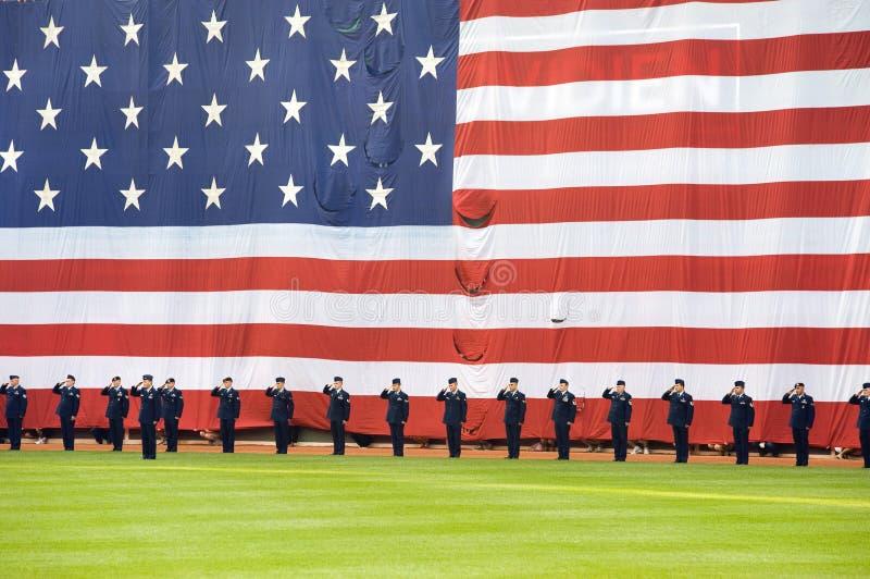 Volkstrauertagfestlichkeiten vor Red- Soxspiel lizenzfreies stockbild