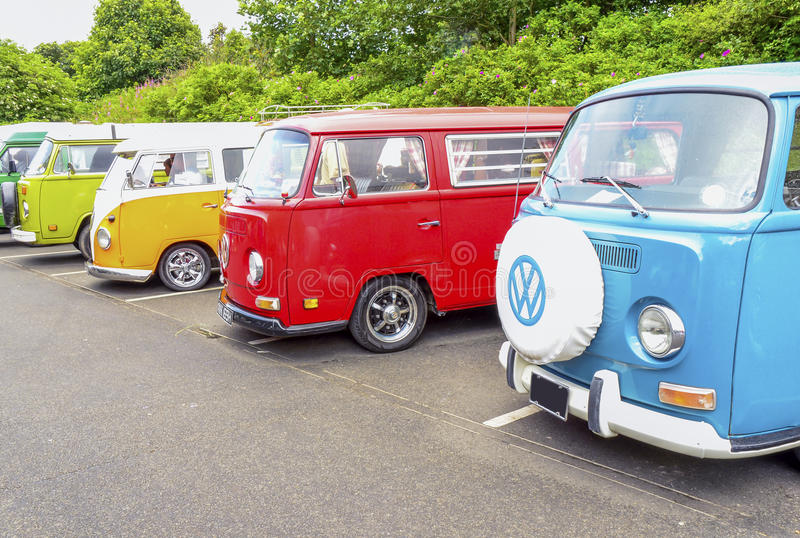 Volkswagen-bestelwagens stock afbeelding